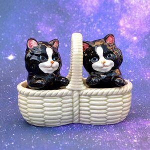 Vintage Takahashi Cats Basket Salt Pepper Shakers